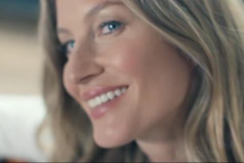 Gisele Bündchen chanteuse : Une douce dame nature pour Chanel...