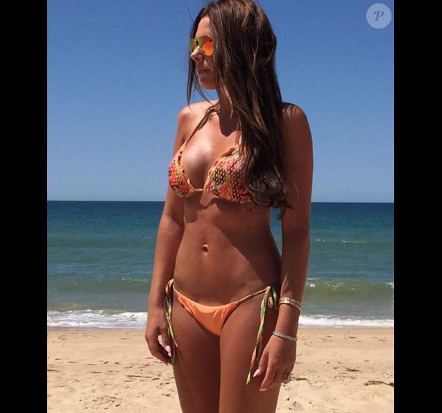John Terry souhaite un bon anniversaire à sa femme Toni avec une belle photo d'elle en bikini postée sur Instagram - décembre 2015.