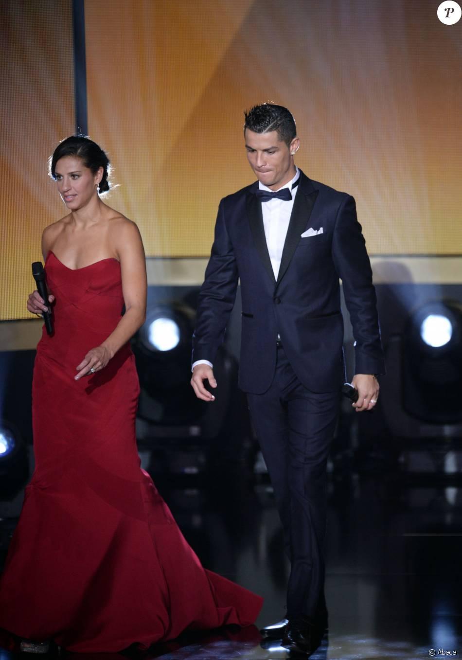 Schönheit suche nach echtem Schlussverkauf Carli Lloyd et Cristiano Ronaldo lors du Ballon d'or 2015 à ...