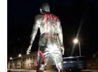 Ballon d'or 2015 : Une statue de Cristiano Ronaldo taguée avec le nom de Messi