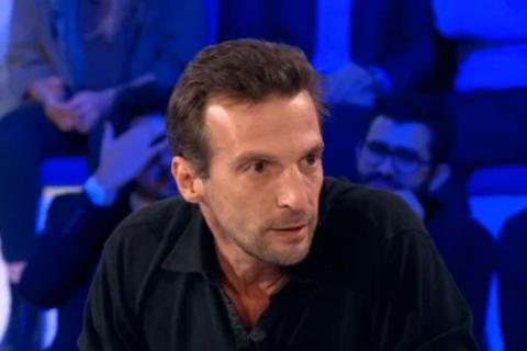 """ONPC - Mathieu Kassovitz : """"Yann Moix est un petit con sans honneur"""""""
