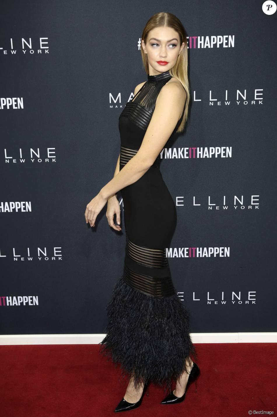 Gigi Hadid - People au défilé Maybelline pendant la Mercedes-Benz fashion week de Berlin le 18 janvier 2016