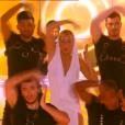Enora Malagré en Kylie Minogue dans Touche pas à mon prime, le 28 janvier 2016 sur D8