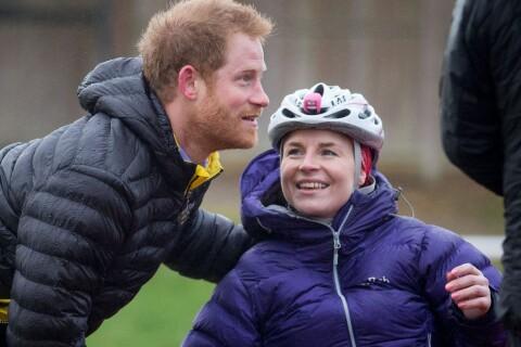 Prince Harry : Face à une demoiselle en détresse, à 100 jours des Invictus Games