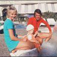 Salvatore Adamo, sa femme Nicole et leur fils Anthony en 1971. Roland Schoor / BestImage