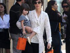 REPORTAGE PHOTOS : Katie Holmes, des looks différents mais toujours fidèle...