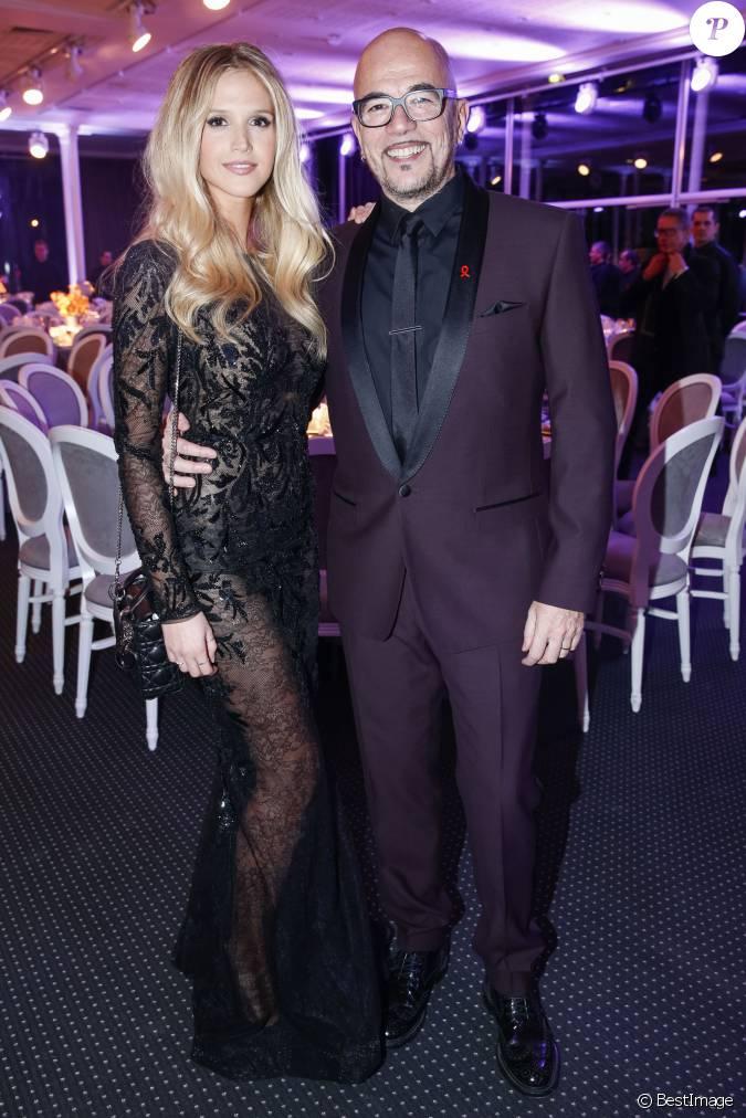 Pascal obispo et sa femme julie hantson d ner de la mode - Thierry beccaro emmanuelle beccaro lannes ...