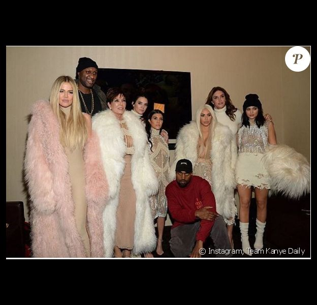 Lamar Odom avec Kanye West, Khloé, Kourtney et Kim Kardashian, Kris, Caitlyn, Kylie et Kendall Jenner - Photo publiée le 12 février 2016