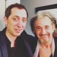 Gad Elmaleh pose avec Al Pacino (photo postée le 27 janvier 2016).