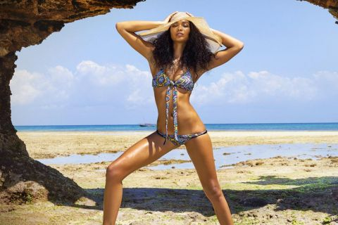 Chanel Iman : Mannequin torride pour Sports Illustrated Swimsuit