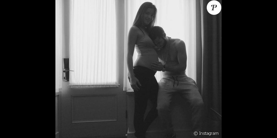 Malena Costa, enceinte, et son chéri, le footballeur Mario Suarez - février 2016