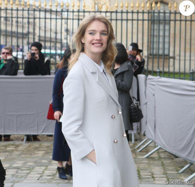 """Natalia Vodianova - Arrivées au défilé de mode """"Christian Dior"""", collection prêt-à-porter automne-hiver 2016-2017 au musée du Louvre à Paris, le 4 mars 2016. © CVS/Veeren/Bestimage"""