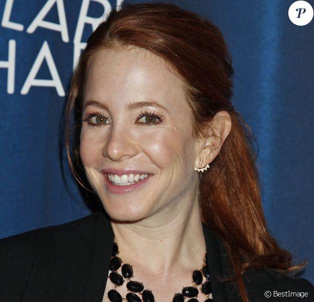 Amy Davidson, enceinte de son premier enfant, lors d'une soirée de beinfaisance à Hollywood, le 17 octobre 2015