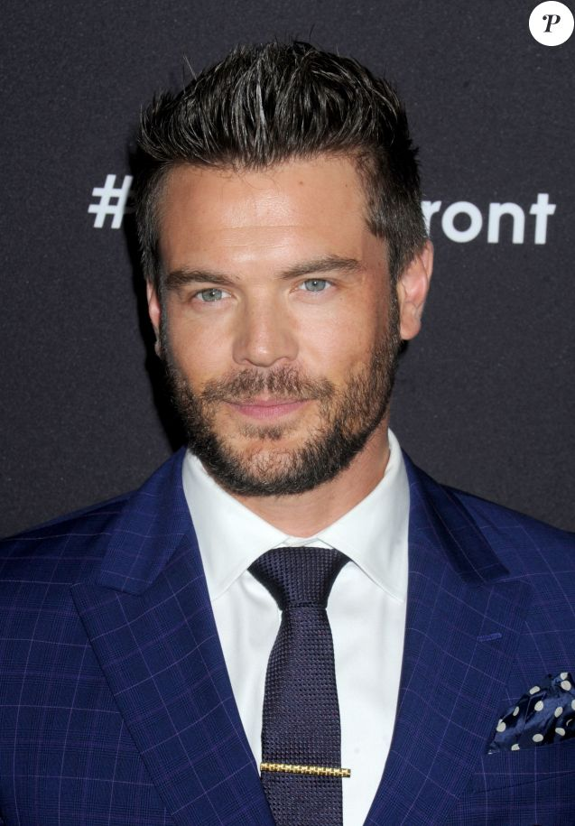 Charlie Weber à New York pour la présentation de sa série How To Get Away With Murder le 12 mai 2015