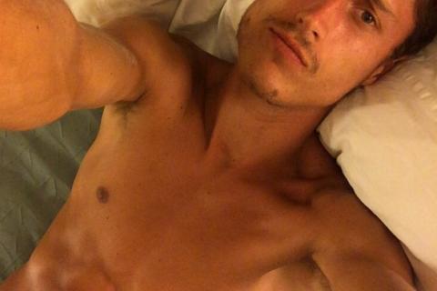 Vincent (The Island) : L'aventurier sexy se dénude sur Instagram !