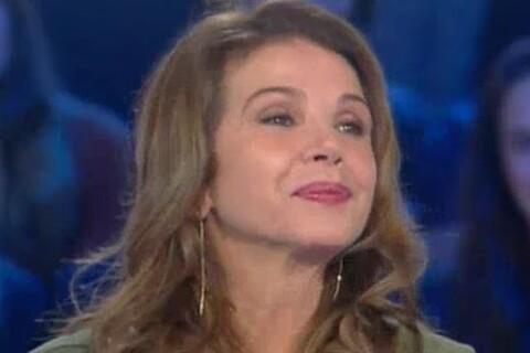 """Victoria Abril : L'histoire incroyable sur son défunt père, """"mort deux fois"""""""