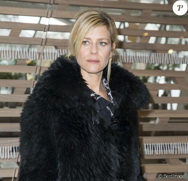 """Marina Foïs - Backstage et Front Raw du défilé de mode prêt-à-porter automne-hiver 2016/2017 """"Vuitton"""" à Paris le 9 mars 2016. © Olivier Borde/Bestimage"""