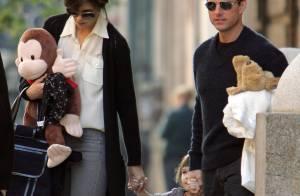 REPORTAGE PHOTOS :Katie Holmes et Tom Cruise, prenez soin de votre petite Suri !!! (réactualisé)