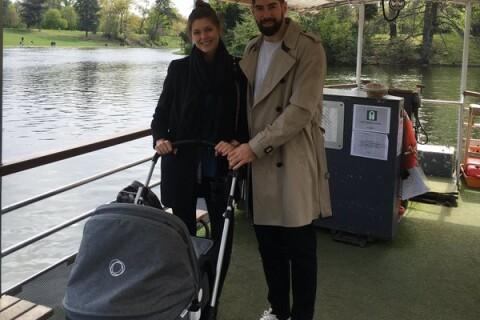 """Nikola Karabatic et Géraldine : 1re sortie avec Alek, bébé à """"ondes positives"""""""