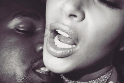 Kim Kardashian : Série photo torride en plein mariage