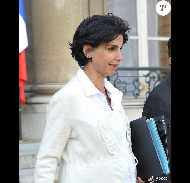 Rachida Dati à la sortie du Conseil des Ministres, le 29/10/08