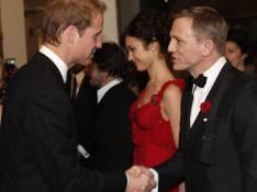 REPORTAGE PHOTOS : Le Prince William complètement sous le charme d'Olga Kurylenko...