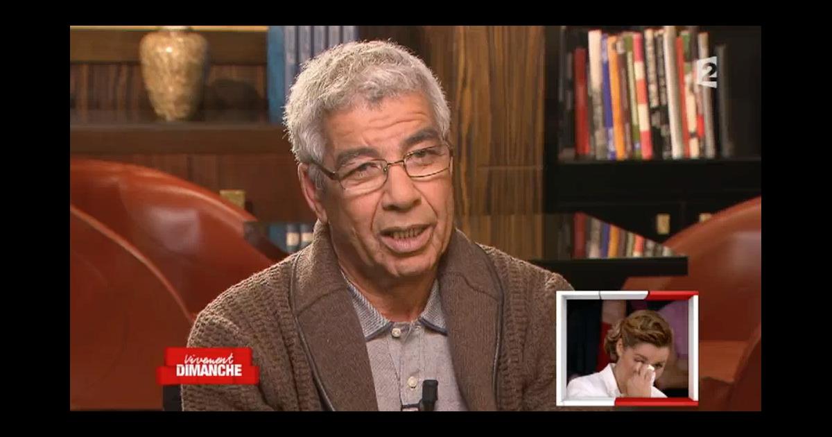 Chim ne badi tr s mue par l 39 interview de son papa dans for Chimene badi le miroir
