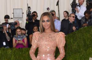 Met Gala 2016 : Beyoncé, divine en latex, sans Jay Z