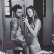 Adam Levine aussi bedonnant que sa femme Behati : La grossesse lui réussit !