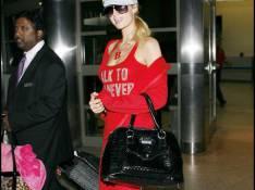 REPORTAGE PHOTOS : Paris Hilton...ne fait surtout rien pour passer incognito, Paris !