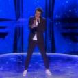 Amir interprète  J'ai cherché  sur la scène de l'Eurovision 2016, à Stockholm en Suède, le samedi 14 mai 2016 sur France 2.