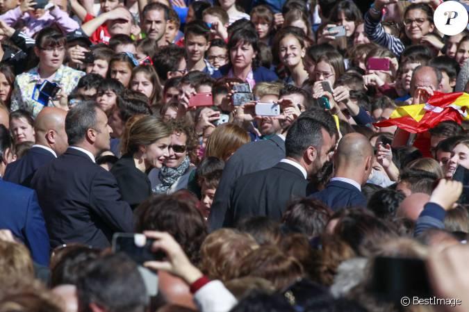 Le roi Felipe VI et la reine Letizia d'Espagne, en plein ... Felipe Plein