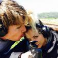 Kaley Cuoco a publié une photo d'elle et son nouveau chéri, le cavalier Karl Cook, sur sa page Instagram au mois d'avril 2016