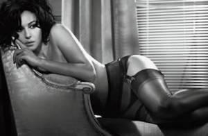 PHOTOS : Monica Bellucci topless voudrait vous dire bonne nuit...