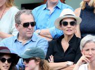 Cristina Cordula et son chéri, complices à Roland-Garros près de Jonathan Cohen