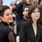 Charlotte Gainsbourg et Marion Cotillard : Leur première fois...
