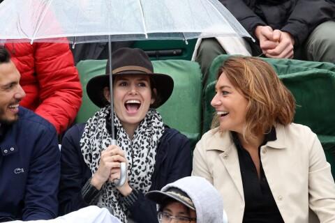 Louise Monot et Shirley Bousquet : Avec leurs amoureux sous la pluie à Roland