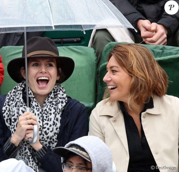 Samir Boitard, sa compagne Louise Monot, Shirley Bousquet et son compagnon Charles Watine - People dans les tribunes de Roland Garros le 31 mai 2016. © Dominique Jacovides / Bestimage
