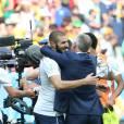 Karim Benzema et Didier Deschamps lors du match France - Nigéria à Brasilia au Brésil, le 30 juin 2014, lors de la coupe du monde de la FIFA 2014.