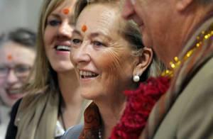 REPORTAGE PHOTOS : Albert II de Belgique et la reine Paola, de parfaits... Indiens !