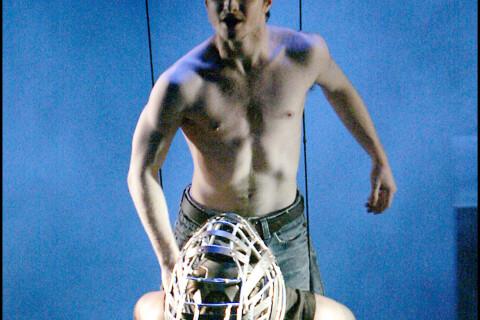 Mort de Peter Shaffer : Daniel Radcliffe, héros d'Equus, lui rend un bel hommage