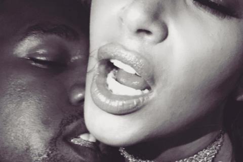 "Kim Kardashian sans tabou sur son ""incroyable alchimie"" sexuelle avec Kanye West"