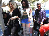 Kendall Jenner : De sortie en famille, armée de ses longues et jolies jambes
