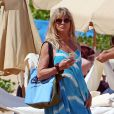 Goldie Hawn, son fils Wyatt Russell et sa compagne Meredith Hagner profitent d'un après-midi ensoleillé sur la plage de Maui. Hawaï, le 16 juin 2016.