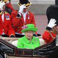 """La reine Elisabeth II d'Angleterre et le prince Philip, duc d'Edimbourg, arrivent au palais de Buckingham pour assister à la parade """"Trooping The Colour"""" à Londres, à l'occasion du 90ème anniversaire de la reine. Le 11 juin 2016 11 June 2016."""