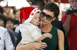 REPORTAGE PHOTOS : Victoria Beckham tente un nouveau look avec son fils Cruz  trop craquant !