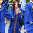 """Exclusif - Ariel Winter reçoit le diplôme de son école """"North Hollywood's Campbell Hall Episcopal"""" à Los Angeles le 13 juin 2016."""