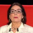 """Nana Mouskouri dans """"Le Divan"""" de Marc-Olivier Fogiel sur France 3, le 24 juin 2016. Elle évoque le plus grand regret de sa vie."""