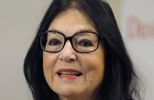REPORTAGE PHOTOS : Nana Mouskouri, sa mère serait une chauve-souris ?