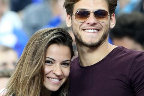 Fauve Hautot amoureuse face à Rayane Bensetti et les Miss au Stade de France